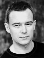 Andrew Lancel  in series Cardiac Arrest