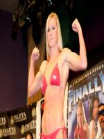 Holly Holm Photo Shot