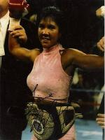Mia St. John in Ring