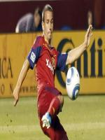 Luis Gil in Action