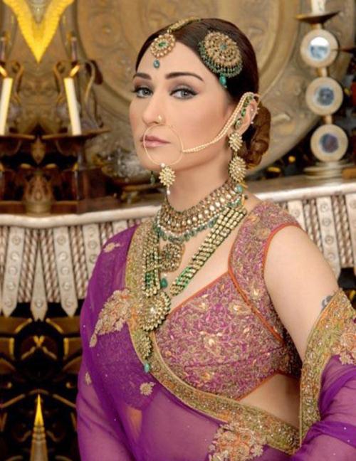 Saima Khan Pakistani Actress