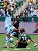 Todd Dunivant in Action