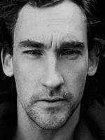 Joseph Mawle in Film Shell as Pete