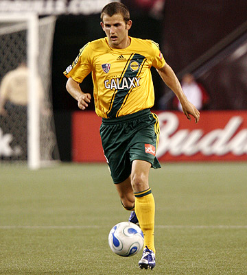 Josh Gardner in Match