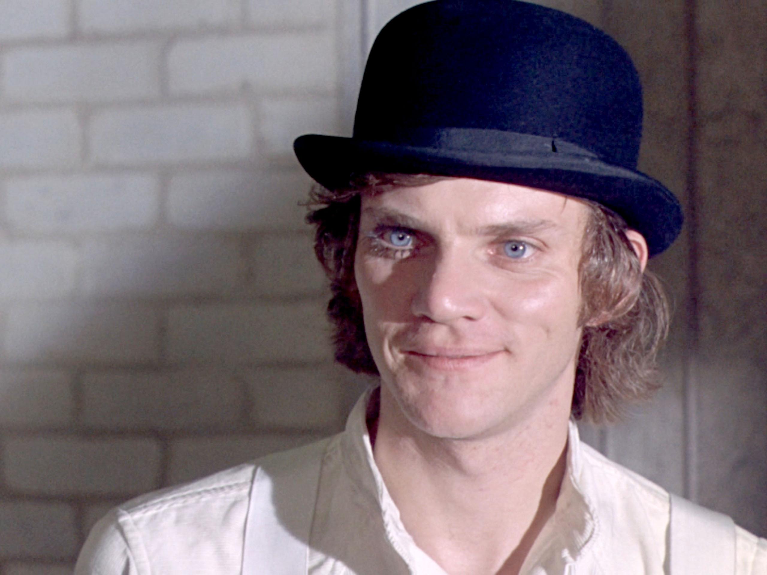 Malcolm McDowell Pics   fbemot.com