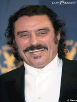 Ian McShane in Film Case 39