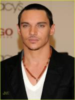 Jonathan Rhys Meyers in Shelter