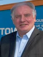 Current Manager Alan Devonshire