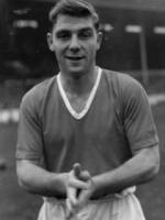 Wing half Duncan Edwards