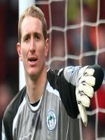 Goalkeeper Chris Kirkland