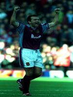 Neil Ruddock in Action