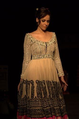 Zainab Qayyum Actress