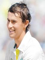 Ashton Agar Photo Shot