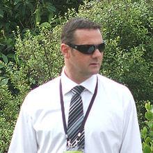 Simon Doull Bowler