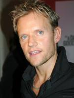 Marc Warren in Vincent