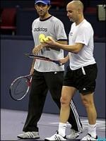 Darren Cahill in Tenis Cort