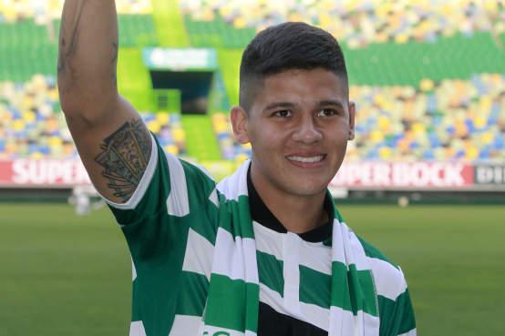 Marcos Rojo in Match