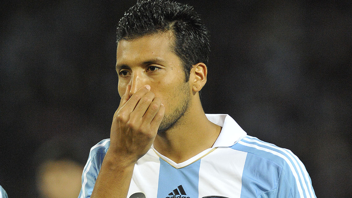 Ezequiel Garay in Match