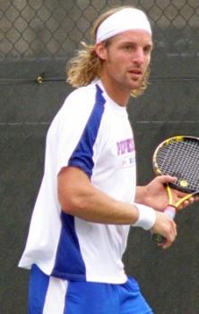 Andre Begemann in Match