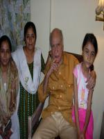 A K Hangal With Family