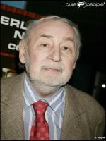 Philippe Noiret in Olivia