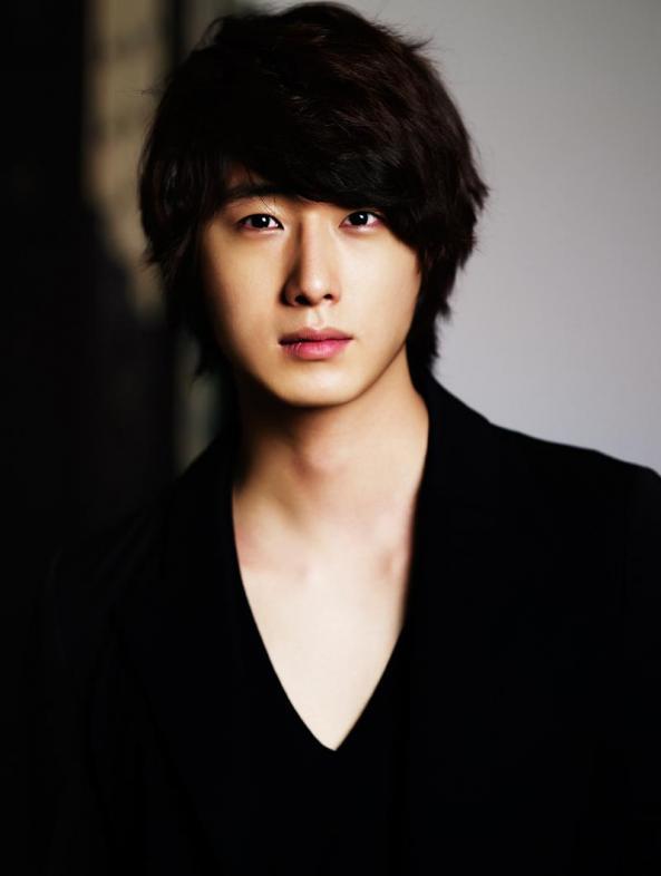 Ji-woo Jung Net Worth