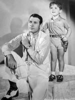 Richard Arlen with his son