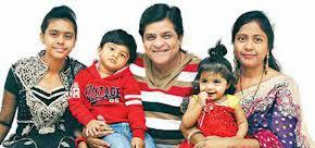 Ali (actor) with family