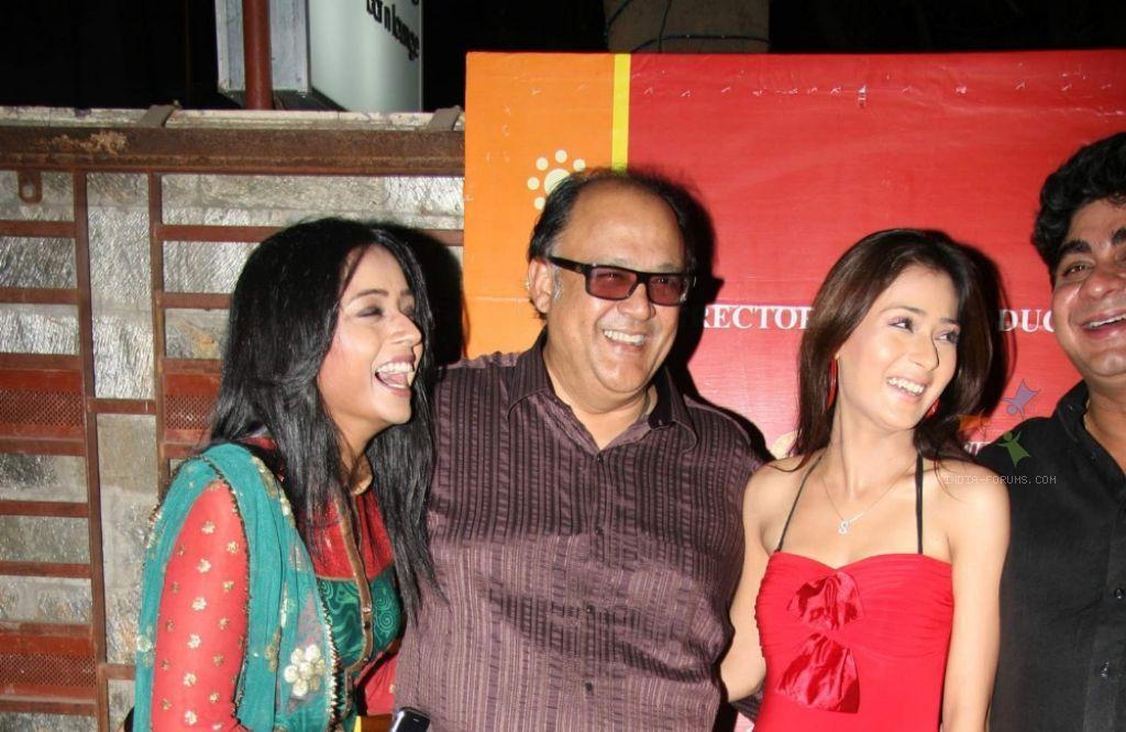 Alok Nath,Sara and Parul
