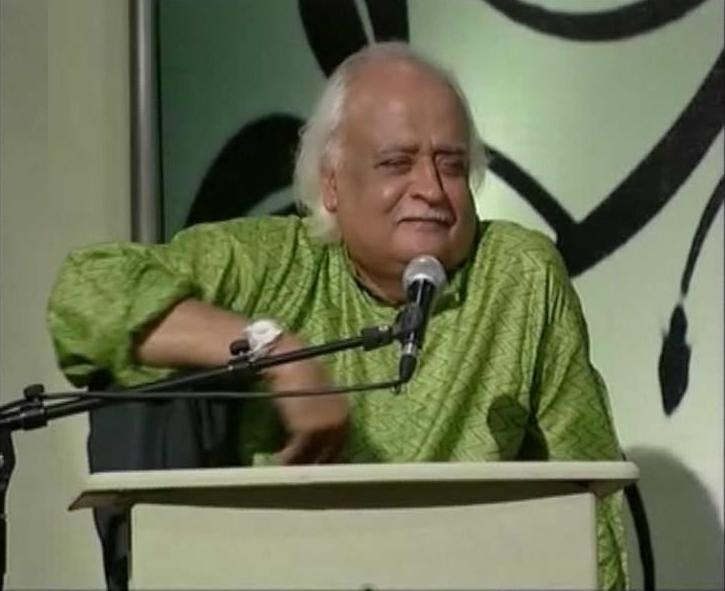 Anwar Maqsood Stage show