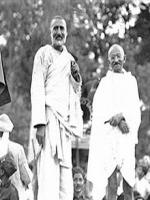 Khan Abdul Ghaffar Khan with Gandhi