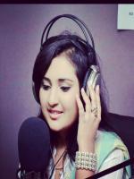 Sara Raza Khan Performing on Radio
