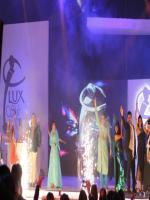 Sara Raza Khan Live Performance in Lux Style Awards