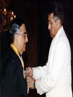 Samar Mubarakmand Wth Gernal Musharaf