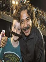 Shahid Khan With Kid