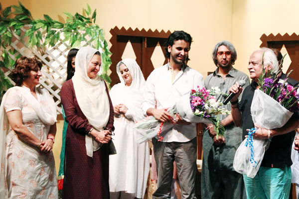 Anwer Maqsood with NUR Foundation Members