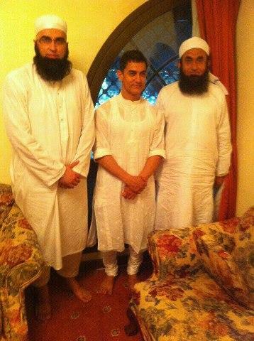 Junaid Jamshed with Amir Khan