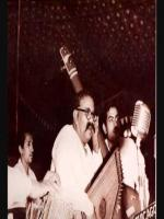 Bade Ghulam Ali Khan Performing