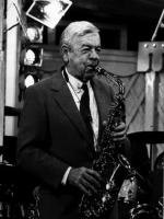Les Brown saxophonist