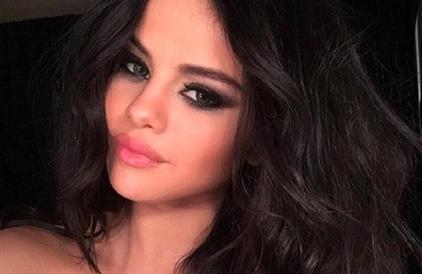 Selena Gomez Wallpaper 2