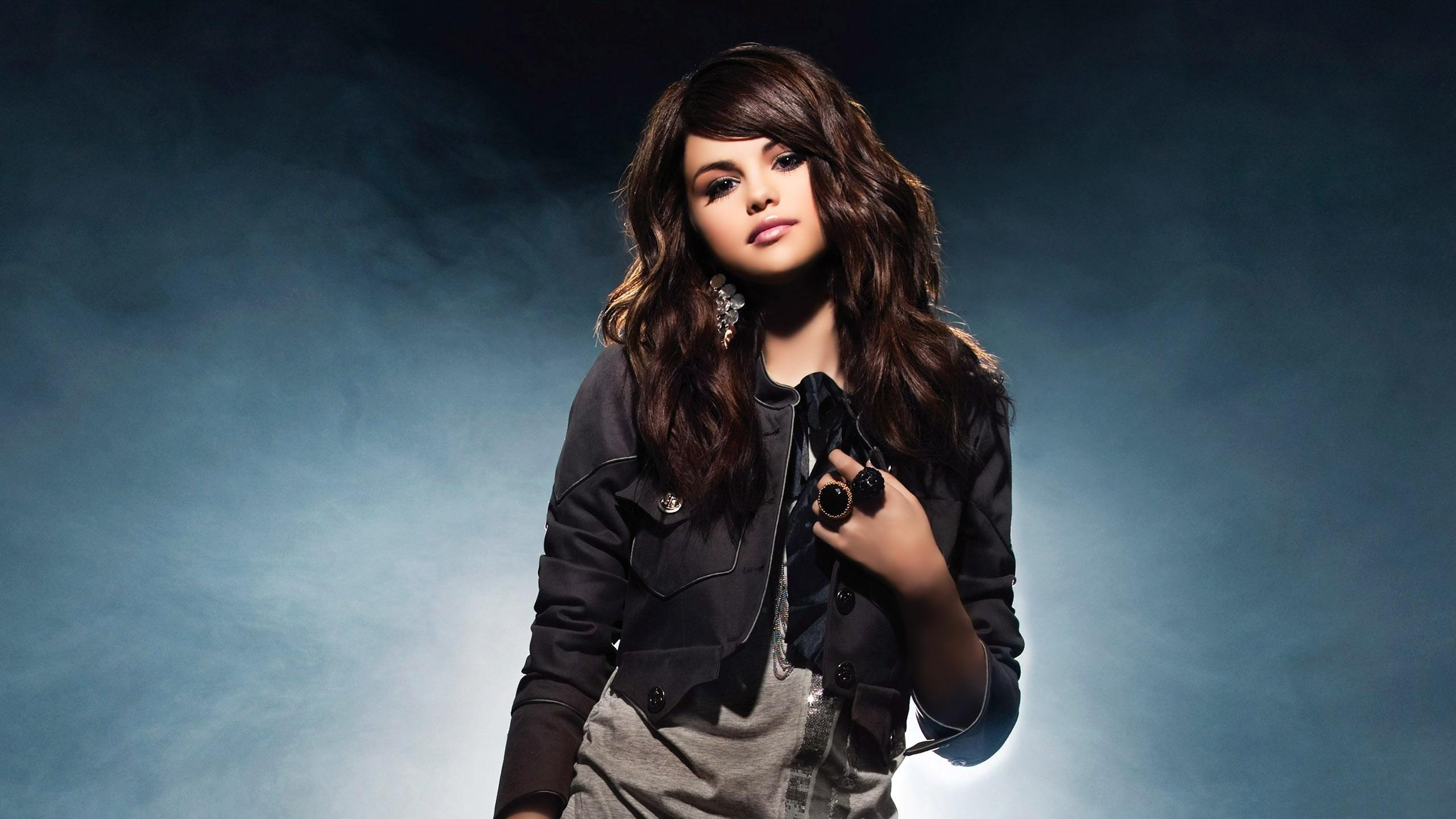 Selena Gomez wallpapers2