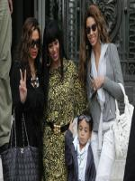 Beyonce Knowles With family