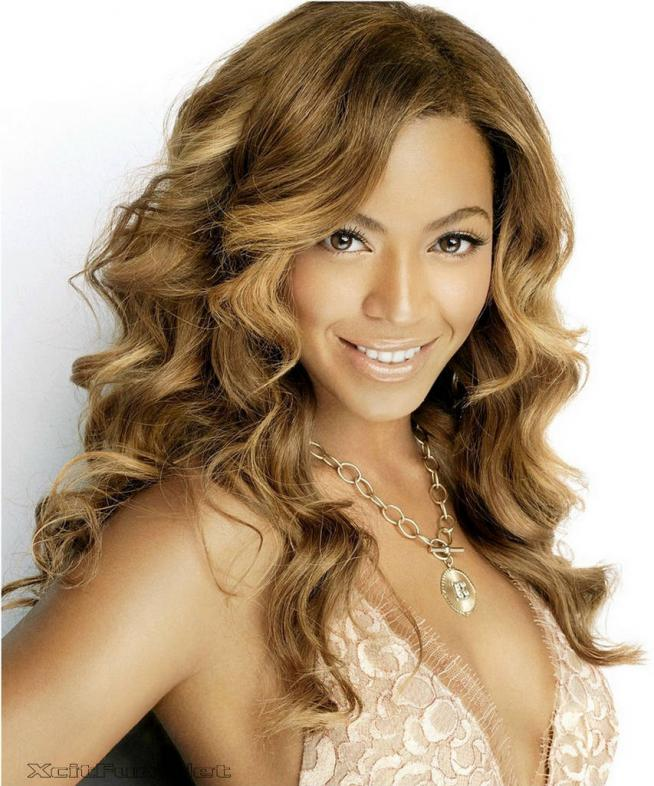 Beyonce Knowles Modeling