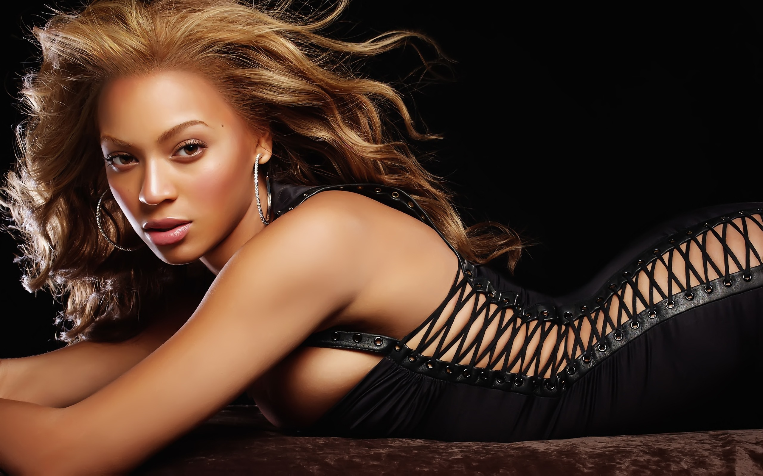 Beyonce Knowles HD Wallpaper