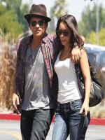 Bruno Mars is on walking with her girlfriend