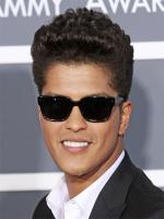 Bruno Mars curly hairs
