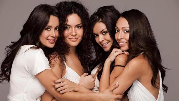 Bruno Mars Sisters