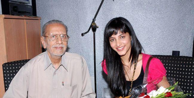 Charuhassan & Shruti Haasan