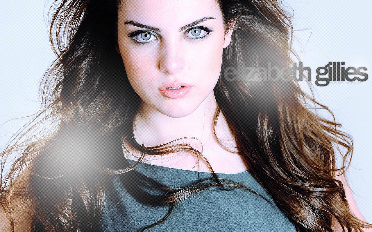 Elizabeth Gillies HD Images
