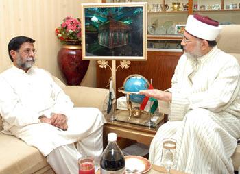 Muhammad Mian Soomro with Tahir ul Qadiri
